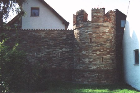 Town wall (c. 30 kbytes)